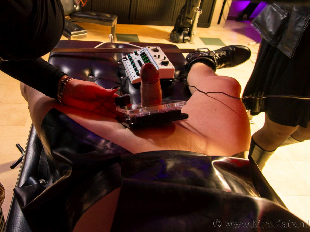 Electro CBT  Mrs Kate House of SubMission Den Haag